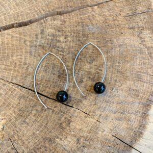 Navet oorhangers edelstaal met onyx