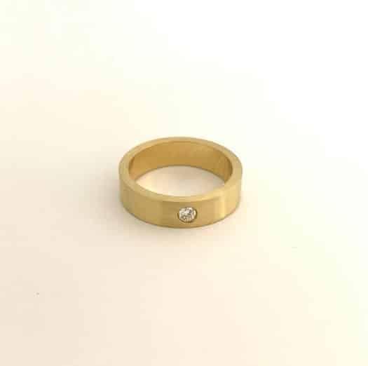 Solo ring bij uni10