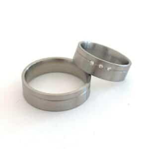 Split ringen bij de juwelier van Enschede UNI10