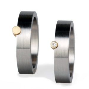 UNI10 2 the point edelstaal ringen gouden point