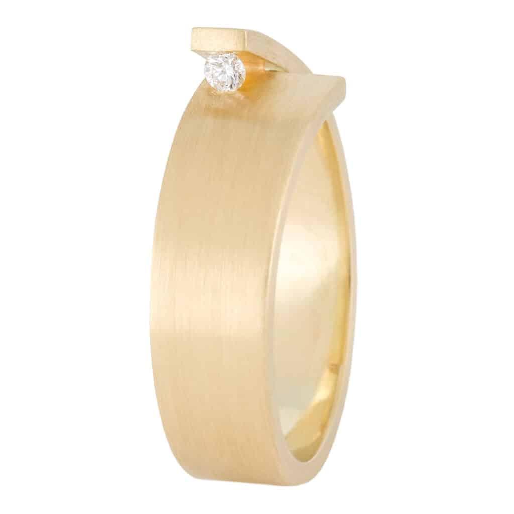 UNI10 Cross-over geelgouden ring met diamant