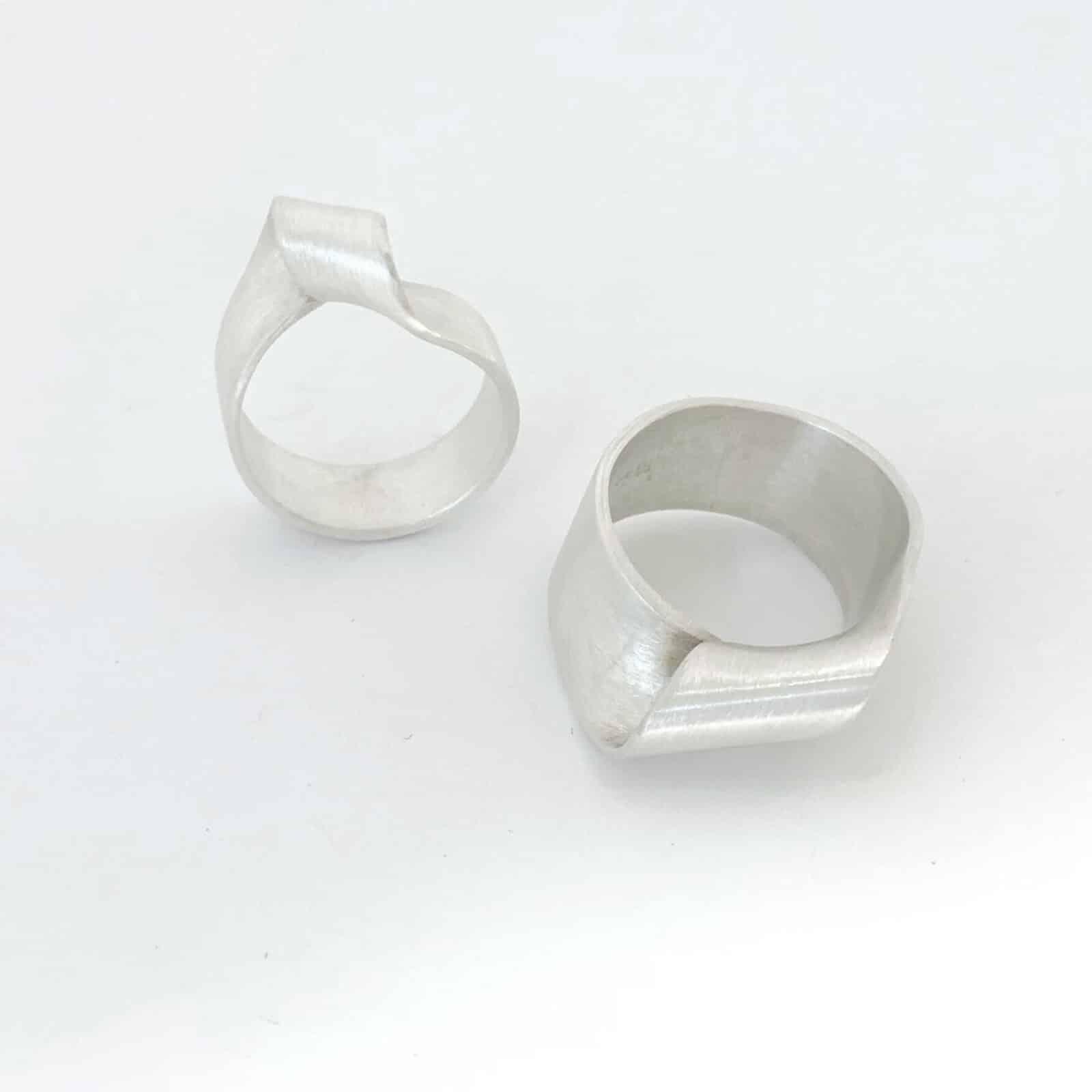 Zilveren trouwringen koop je bij de juwelier van Enschede en Overijssel