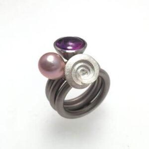 Eigen gemaakte swivel sieraden uni10